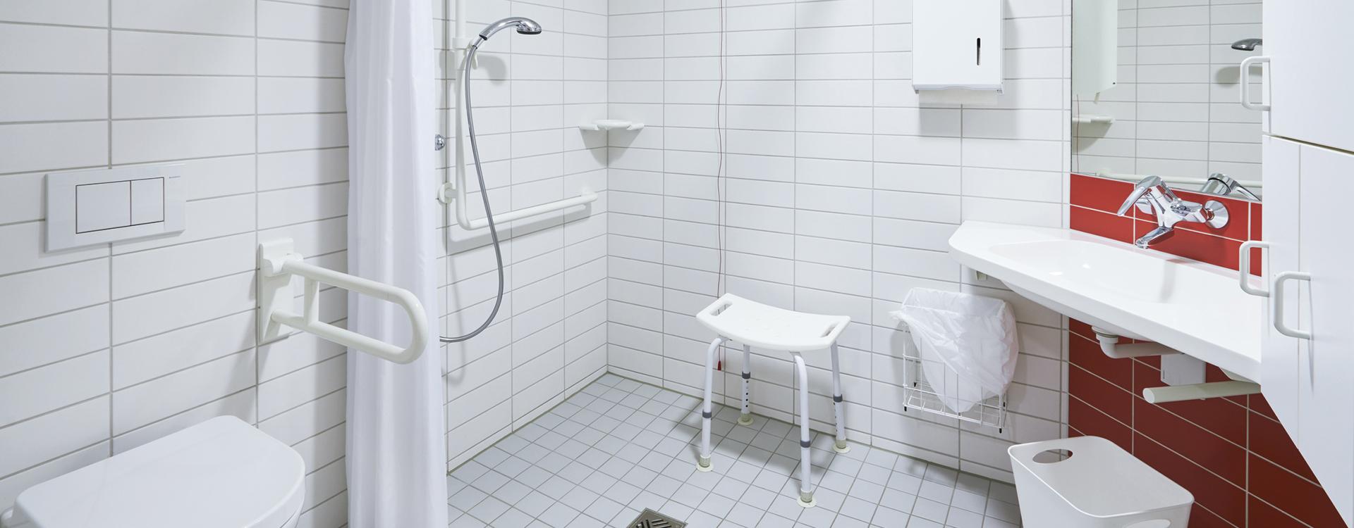 Stefan-Stolze-Heizungs-und-Sanitartechnik-Gmbh-Ihr-Klempner-in-Ahrensburg-barrierefreie-baeder